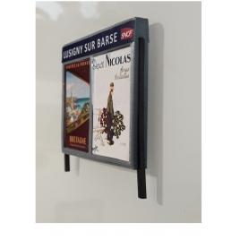 Panneaux publicitaires de quai de gare, twins échelle zéro