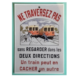Ne traversez pas Train Jaune