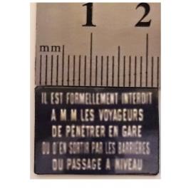 Il est formellement interdit aux voyageurs 1/43,5